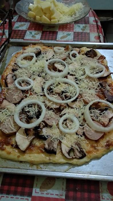 menu buka puasa pizza