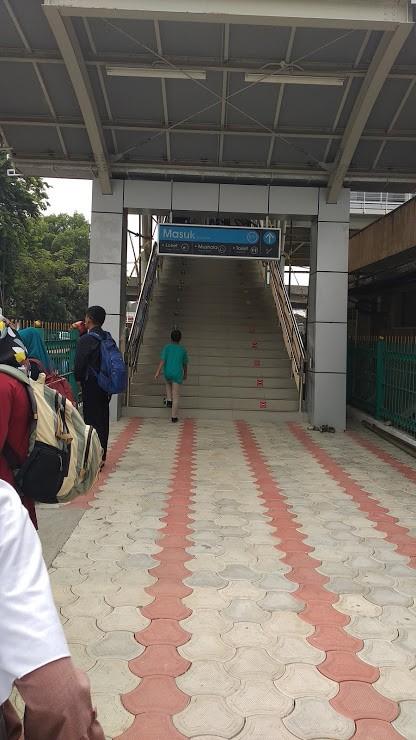 stasiun cakung baru